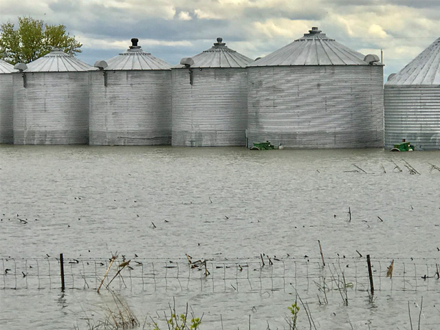 Heavy rains and storms over the Memorial Day weekend carrying over into Tuesday further delayed an already complicated planting season for farmers across the Corn Belt. (DTN/Progressive Farmer file photo by Gregg Hillyer)