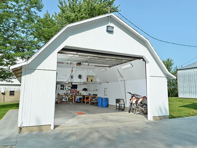 With a bit of planning, a chicken house became 690 square feet of maintenance space, Image by Bob Elbert