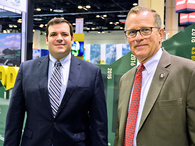 USSEC Chairman Derek Haigwood, of Newport, Arkansas (left) and CEO Jim Sutter (Progressive Farmer image by Matthew Wilde, reprinted with permission from ISA)