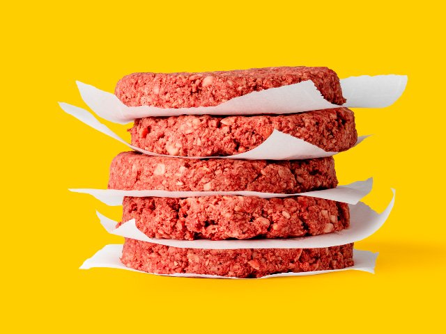 A recent comparision reveals some interesting differences between plant-based burgers and real beef. (Photo courtesy Impossiblefoods.com)