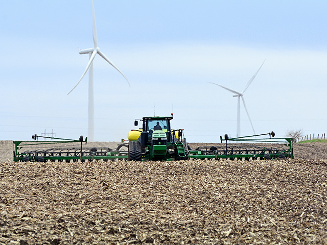 The Rausch family are planting soybeans earlier to increase yield. (Progressive Farmer image by Matthew Wilde)
