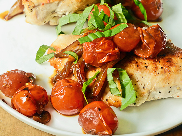 Balsamic Tomato Skillet Chicken (Progressive Farmer image by Rachel Johnson)