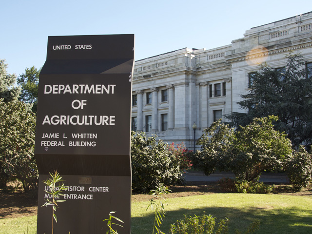 The White House proposed budget for next year recommends several changes to USDA farm programs and crop insurance, including a $500,000 income cap for such programs and lower premium subsidies for insurance. (DTN file photo)