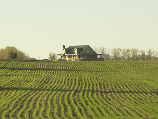 The IRS outlined rules on how to qualify for the Section 199A deduction, which includes several provisions favorable for farmers, but could limit the deduction for landlords that aren't involved in farming operations. (DTN/The Progressive Farmer file photo by Jim Patrico)