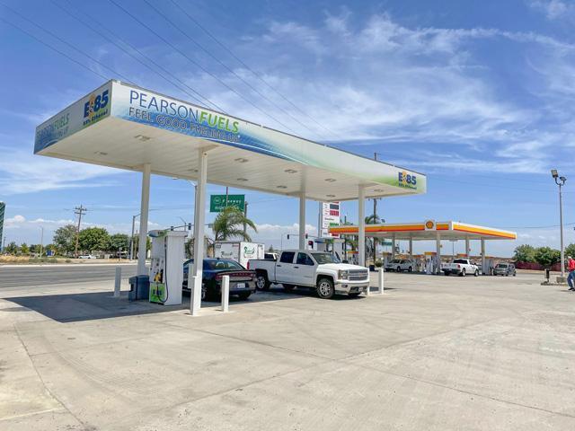 State corn checkoff groups in Nebraska, Kansas and Missouri announced a $1.25 million investment to expand E85 availability in California. (Photo courtesy Nebraska Corn Board)