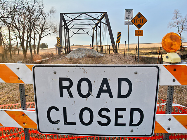 The Biden administration pointed out more than 45,000 bridges are in need of repairs or upgrades nationally, including a high volume in rural America. The infrastructure deal reached in the U.S. Senate would spend $110 billion more on roads and bridges nationally over the next decade. (DTN photo by Matt Wilde)